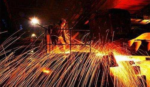 李新创:钢铁下质量生长的内含、应战取着力点